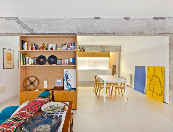 1. Apartment Refurbishment by vilaseguiarquitectos.com