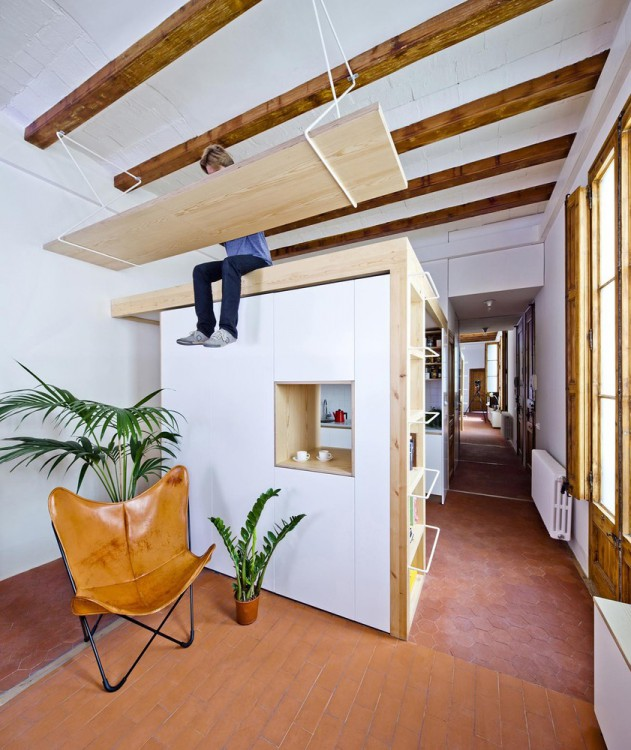 1. Apartment Refurbishment in Barcelona e1451464646751 - Apartment Refurbishment in Barcelona by Bach Arquitectes