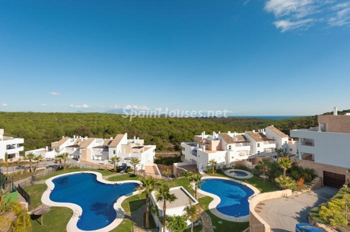 1. Apartment for sale in Alcaidesa - Spectacular Apartment for Sale in Alcaidesa,  Cádiz