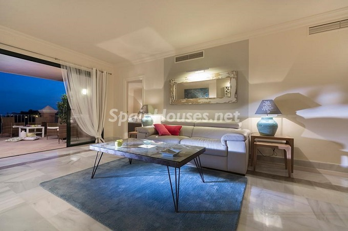 1. Apartment for sale in Benahavís Málaga - Superb Apartment for Sale in Benahavís, Costa del Sol, Málaga