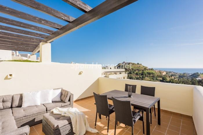 1. Apartment for sale in Benalmádena Costa Málaga - Great Apartment for Sale in Benalmádena Costa, Málaga