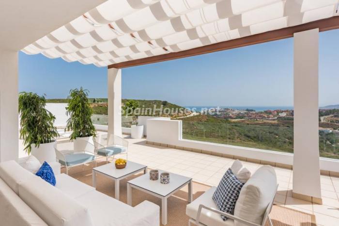1. Apartment for sale in Casares Málaga - Luxurious Apartment for sale in Casares, Málaga