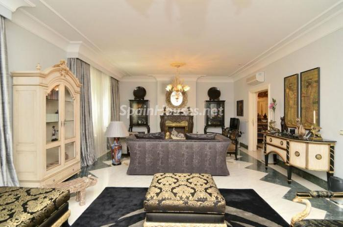 1. Apartment for sale in Salamanca - Luxurious Apartment for Sale in Madrid City