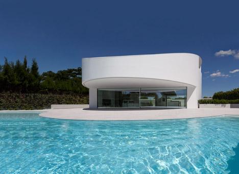 1. Balint House - Balint House by Fran Silvestre Arquitectos in Bétera (Valencia)