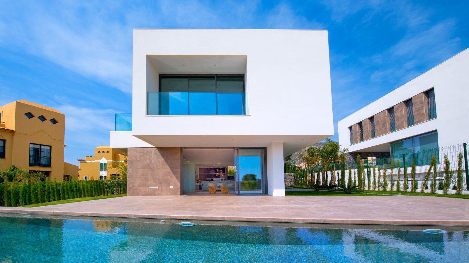 1. Brand new villa in Finestrat Alicante e1495018324819 - Fantastic Brand New Villa in Finestrat, Alicante