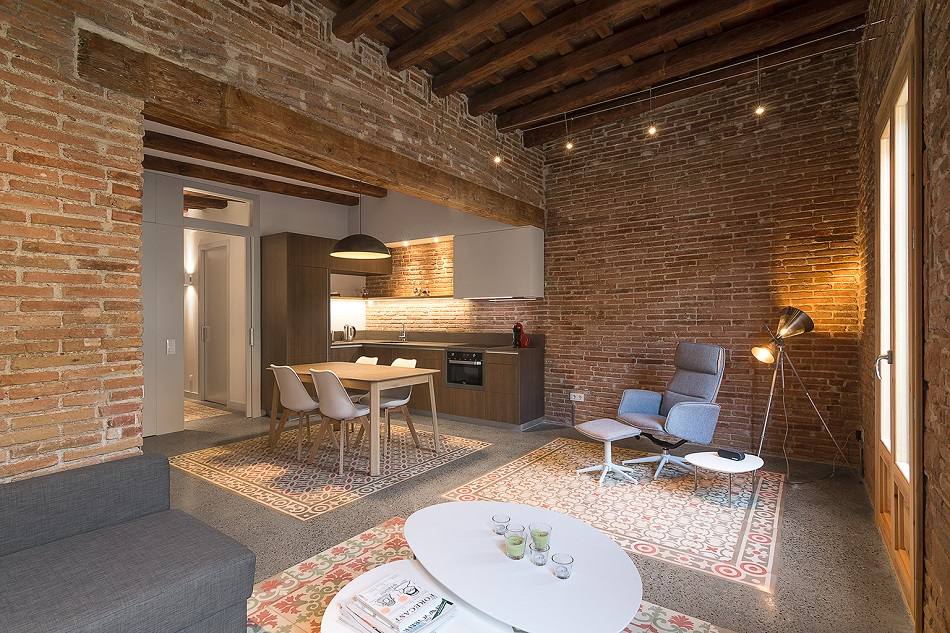 1. Brick apartment in Barcelona by FFWD - Full apartment renovation in Barcelona by FFWD