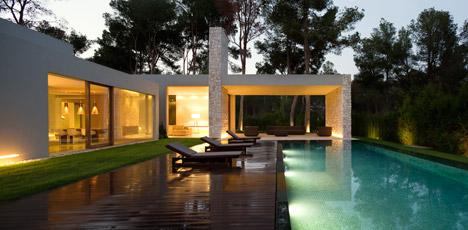 1. Casa el Bosque - Architecture: House El Bosque by Ramón Esteve