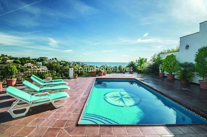 1. Detached villa for sale in Benalmádena Costa Málaga - Bright Detached Villa for Sale in Benalmádena Costa (Málaga)
