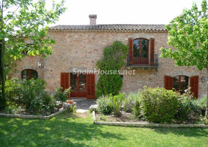 1. Estate for sale in Algaida (Baleares)