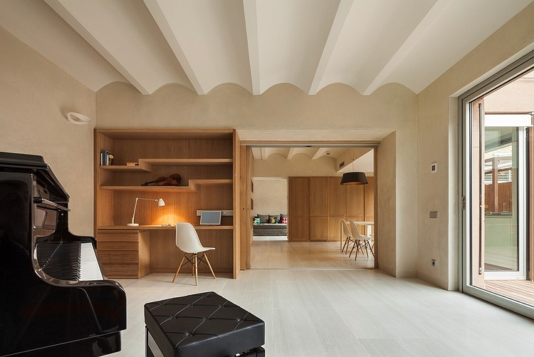 1. Family home in Gracia Barcelona - A family home in Barcelona by Zest Architecture