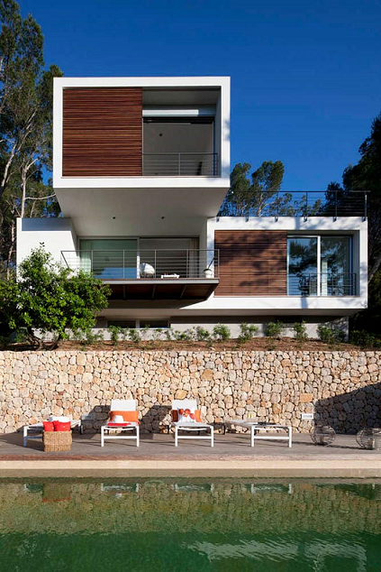1. House G138 by LF91 - Modular House in Mallorca designed by LF91
