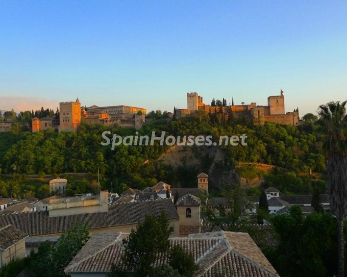 1. House for sale in Granada 2 - For Sale: House in Granada with unbeatable views to the Alhambra