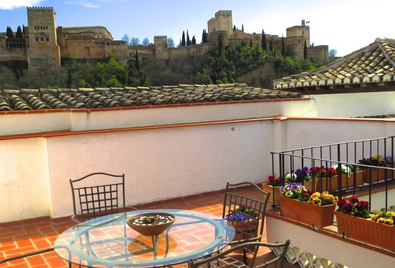 1. House for sale in Granada 3 e1489749049405 - For sale: 3 bedroom house in Granada city with views over the Alhambra