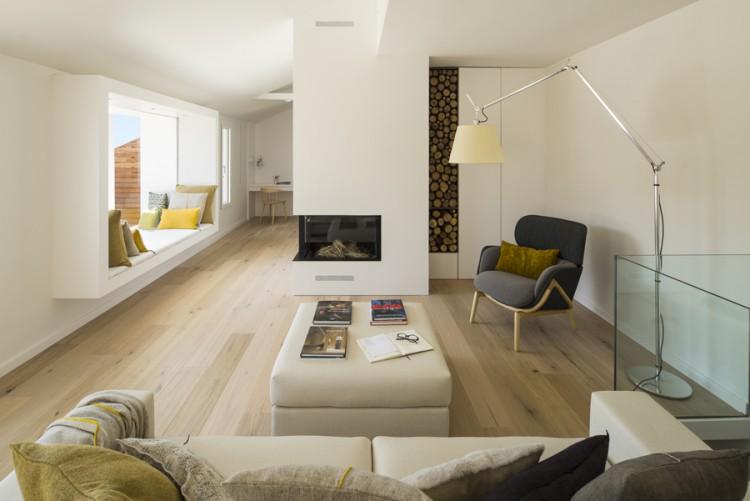 1. House in Barcelona by Susanna Cots e1448441027239 - Maison de Vacances, Barcelona, by Susanna Cots Interior Design