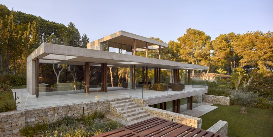 1. House in Rocafort by Ramón Esteve - Home in the pine forest of Rocafort by Ramón Esteve