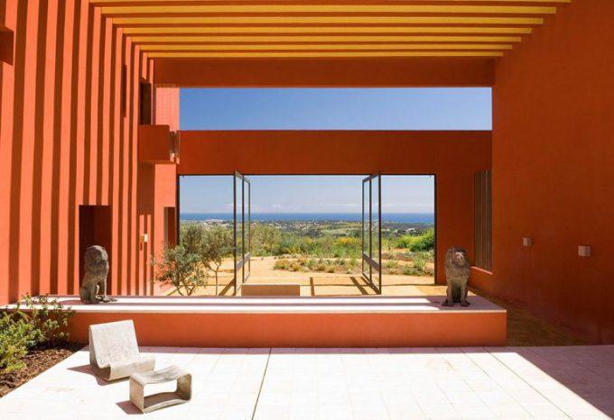 1. House in Sotogrande Cádiz e1482315505676 - Inspiring Dwelling in Sotogrande, Cádiz