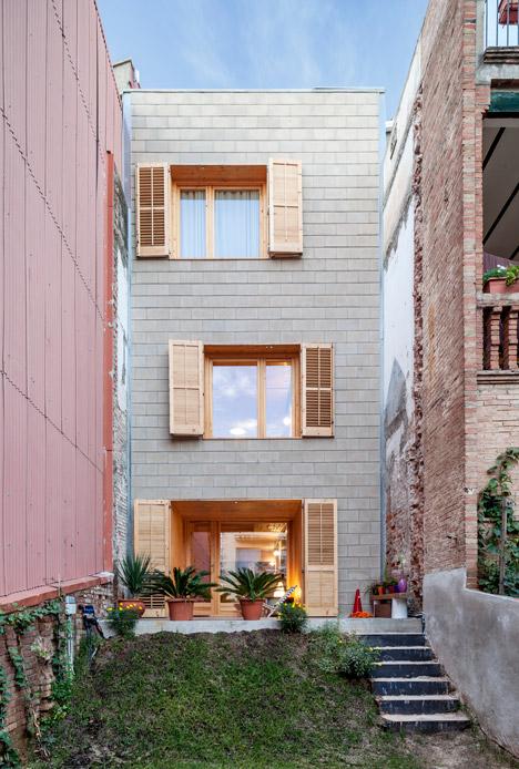 3. Skinny houses in Sant Cugat