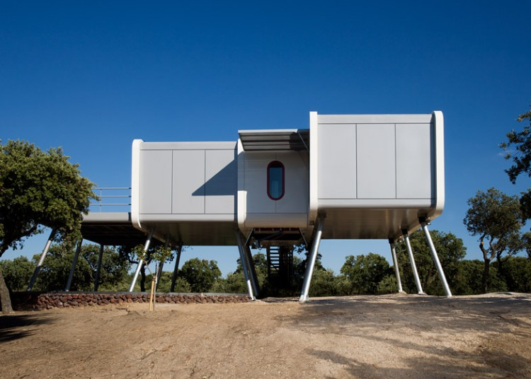 1. The spaceship home e1449046383902 - Architecture: The Spaceship Home, in Madrid, by Noem