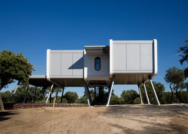 1. The spaceship home