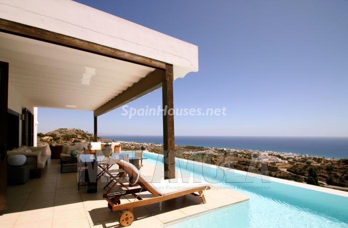 1. Villa for sale in Mojácar - On the Market: Villa with unbeatable views in Mojácar (Almería)