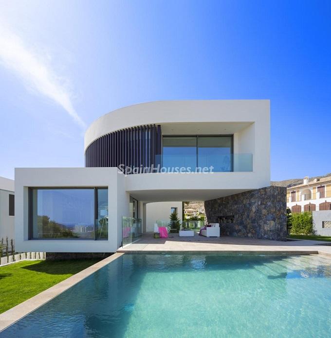 1. Villa in Finestrat Alicante designed by Gestec - Modern Villa in Finestrat, Alicante, designed by GESTEC