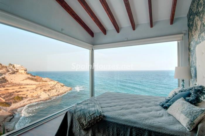 1. villa for sale in El Campello Alicante - For Sale: Modern Villa with Unbeatable View in El Campello, Alicante
