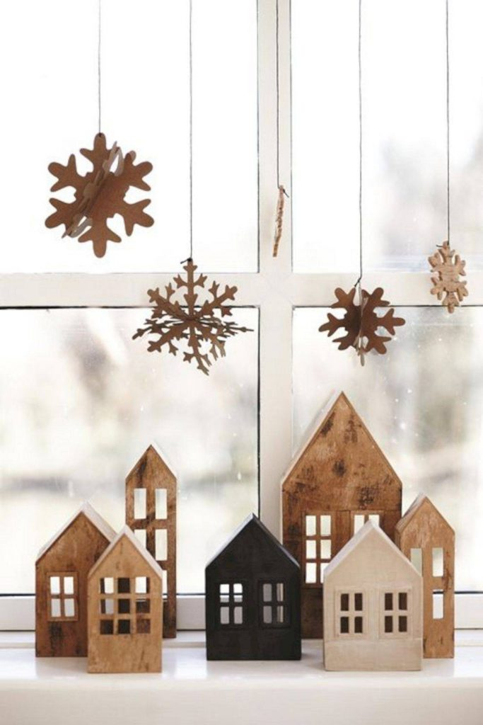 10 85 absolutely beautiful vintage home decor ideas you must have e1cfae27 1080x1620 683x1024 - Ideas to decorate your windows at Christmas