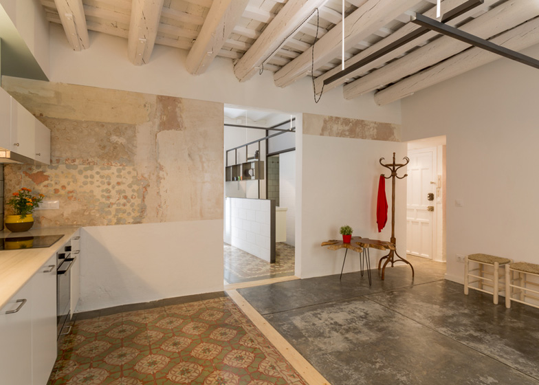 10 ROC3 apartment - Apartment Refurbishment in Barcelona by Nook Architects