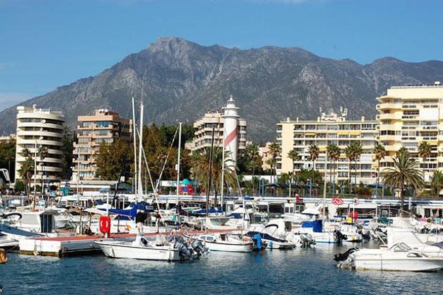 10 pisos en marbella por menos de 200000 lujo para disfrutar del buen tiempo todo el ano - Ten Flats for Sale in Marbella Under €200,000: Luxury to Enjoy Nice Weather All Year Round
