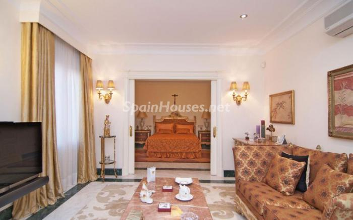 10. Apartment for sale in Salamanca - Luxurious Apartment for Sale in Madrid City