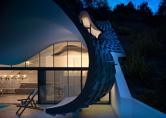 10. Cliff House by Gilbartolomé