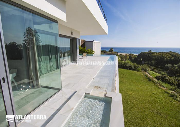 10. Detached villa for sale in Zahara de los Atunes