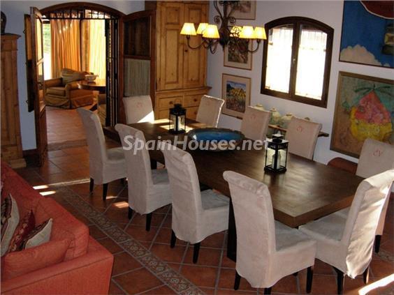 10. House for sale in Aracena (Huelva)