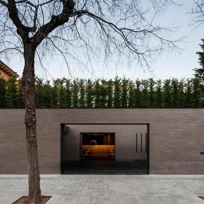 10. House in Barcelona by Francesc Rifé 1 - Contemporary Home in Barcelona by Francesc Rifé Studio