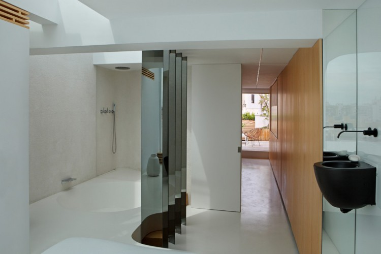 10. Penthouse in Valencia by Josep Ruà
