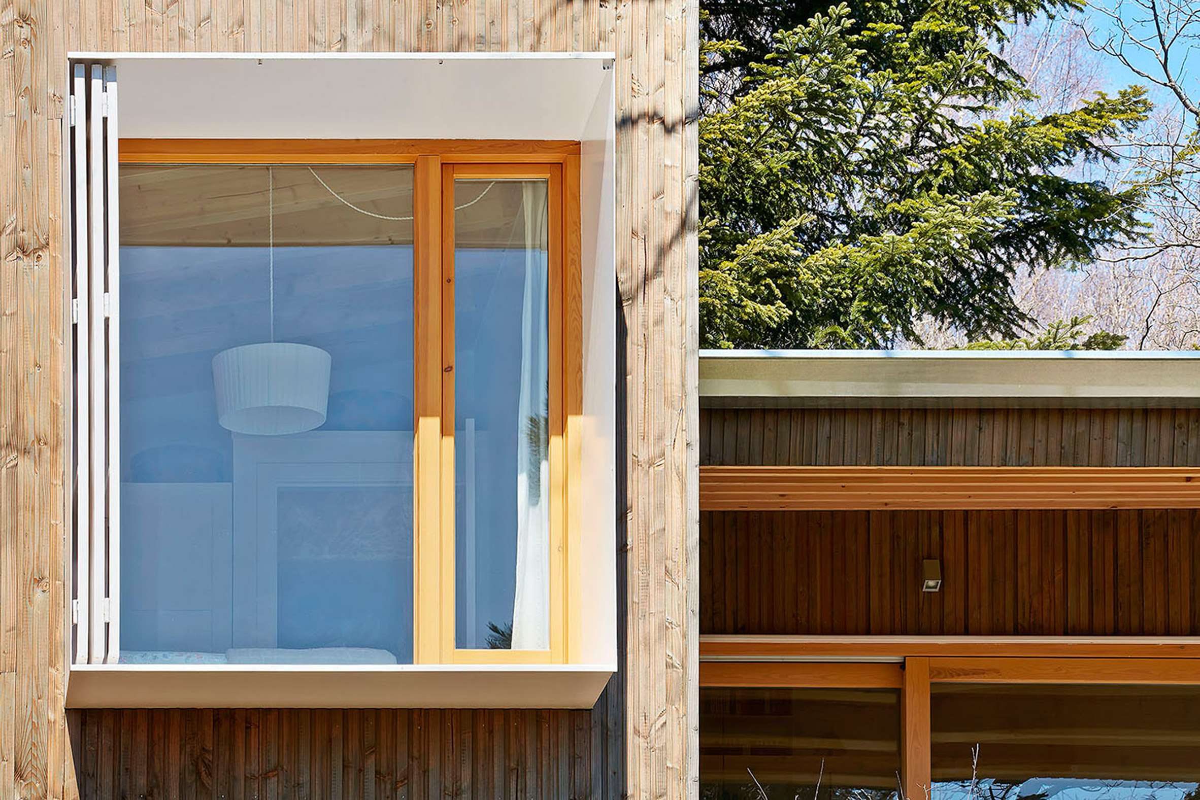 10. Prefababricated wooden home in the Pyrenees by architect Marc Mogas - Prefabricated wooden home in the Pyrenees by architect Marc Mogas