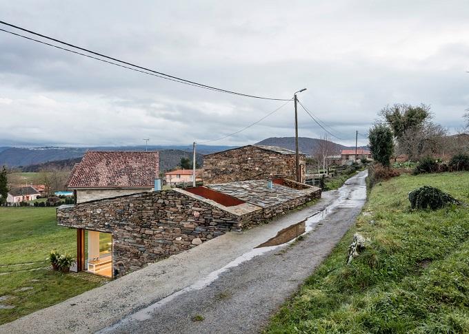 10. Stone wine cellar converted into home in Galicia - Stone wine cellar converted into a home by Cubus Arquitectura