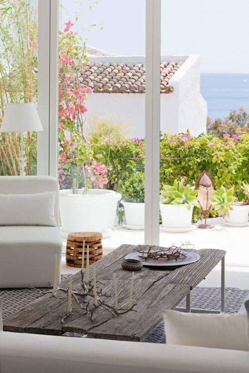 10. Villa Mandarina