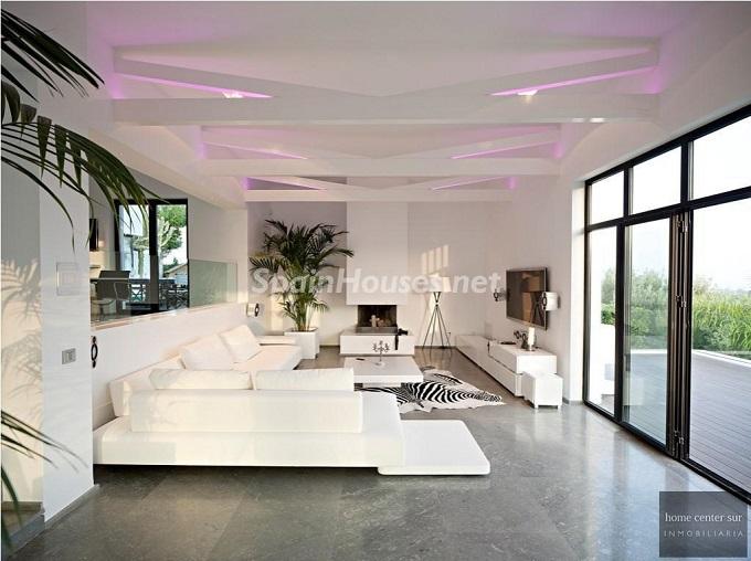 10. Villa for sale in Benahavís - For Sale: Luxury Villa in Benahavís, Costa del Sol, Málaga