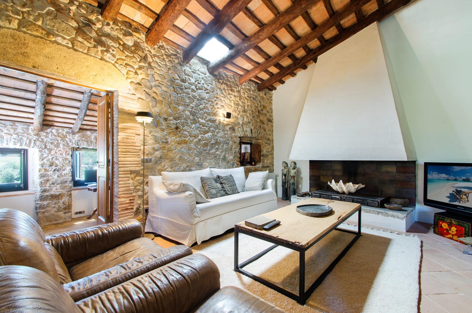 10. Villa for sale in Girona - Traditional Masia, Catalonia country house, for sale in Girona