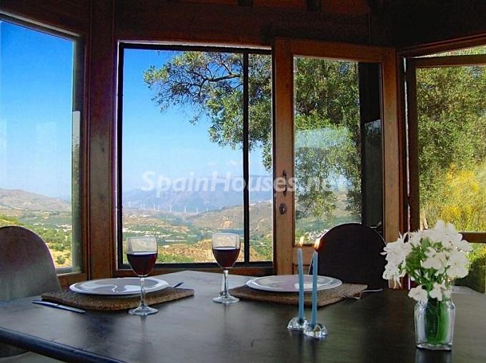 10. Villa for sale in Lecrín (Granada)