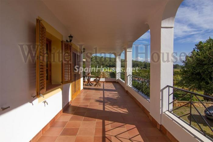 10. Villa for sale in Santa Eulalia del Río