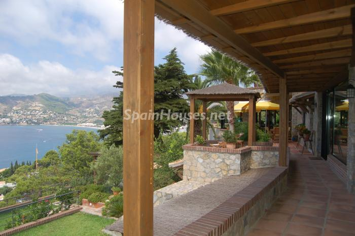 10105307 1087952 foto22834715 - Beautiful Home for Sale in La Herradura (Granada)