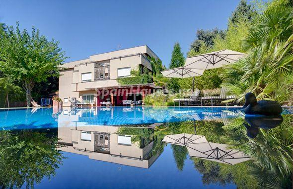 1014301 4343018 13 - House of the week: Amazing Villa for Rent in Madrid