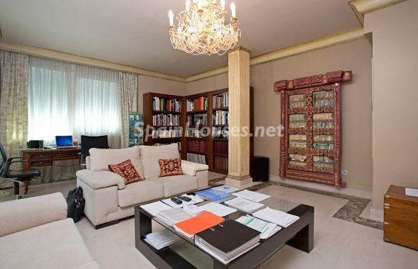 1014301 4343018 21 - House of the week: Amazing Villa for Rent in Madrid