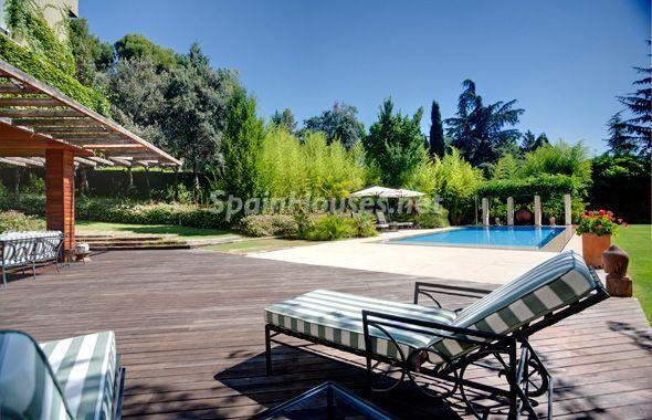 1014301 4343018 25 - House of the week: Amazing Villa for Rent in Madrid