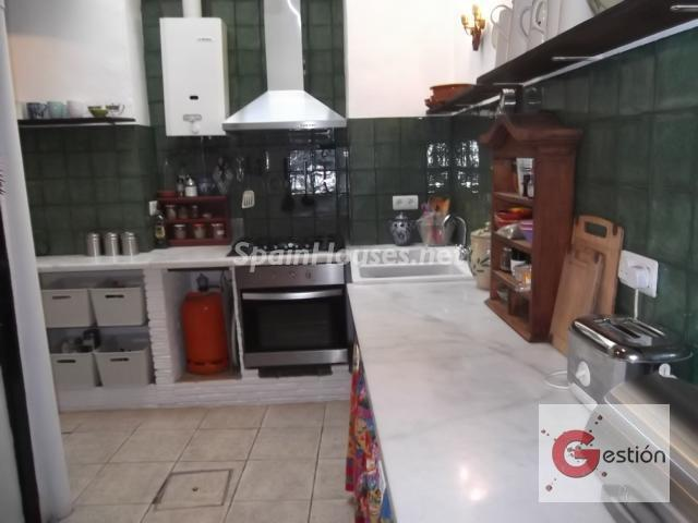 1035 - Country style terraced house for sale in Salobreña (Granada)