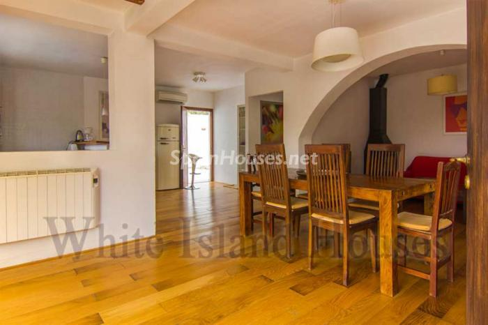 1037 - White and Minimalist Villa for Sale in Ibiza, Balearic Islands