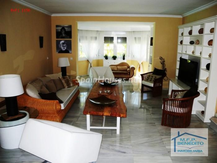 1040 - Beautiful Villa for Sale in Alhaurín de la Torre, Málaga