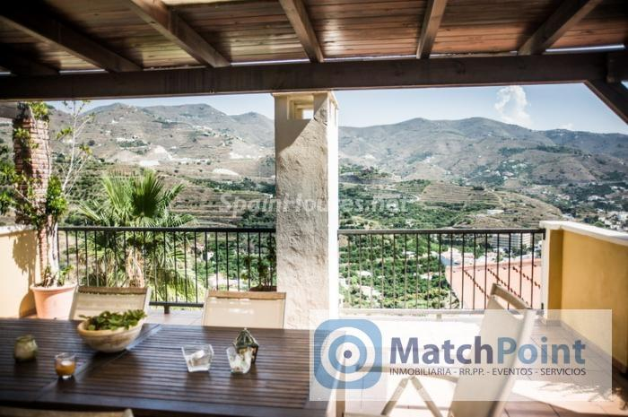 1041 - Terraced chalet for sale in Almuñécar (Granada)